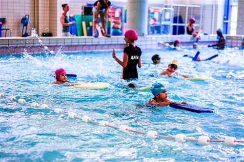 VGC ondersteunt renovatiewerken zwembad Jan-van-Ruusbroeckollege