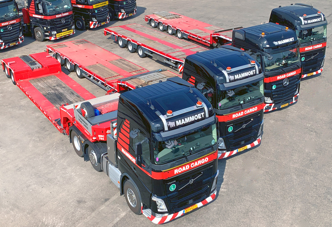 New Nooteboom trailers for Mammoet Road Cargo
