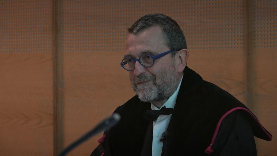 Professor Van Landuyt