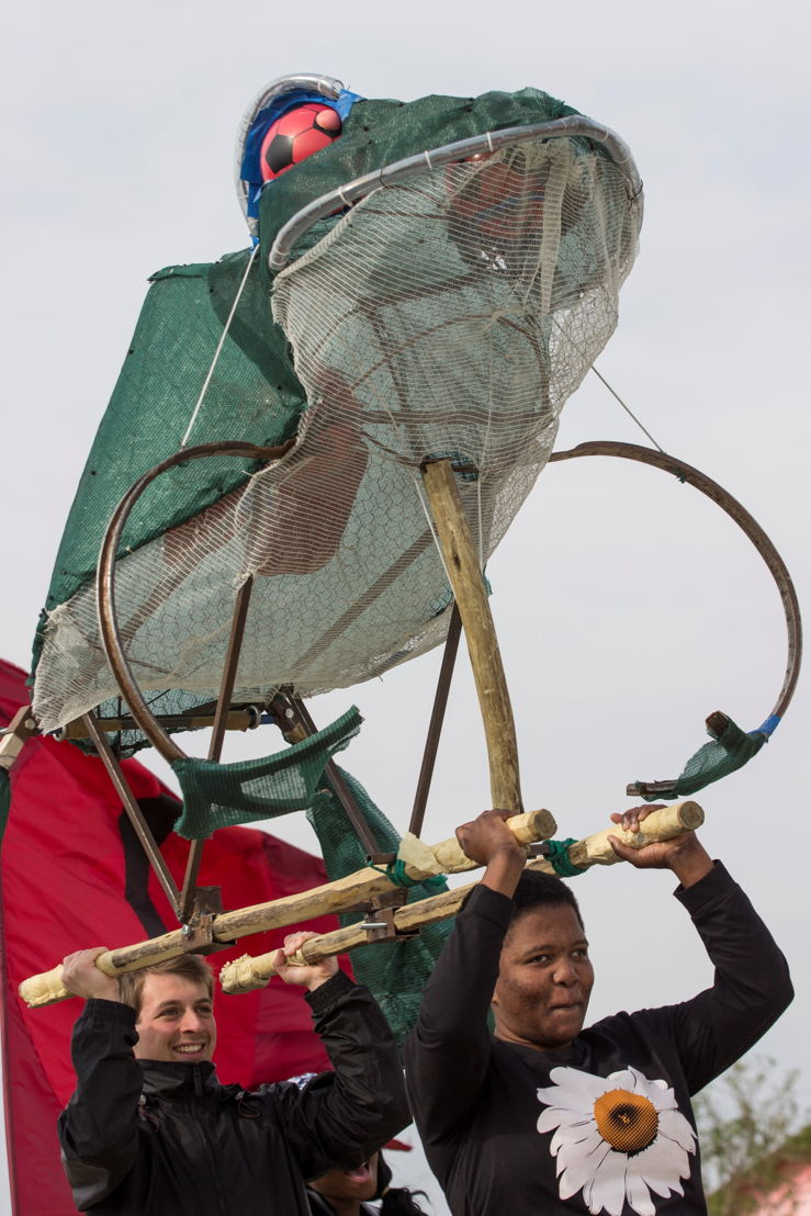 Closing-Parade-National-Arts-Festival-2015---pic-CuePix-Jane-Berg