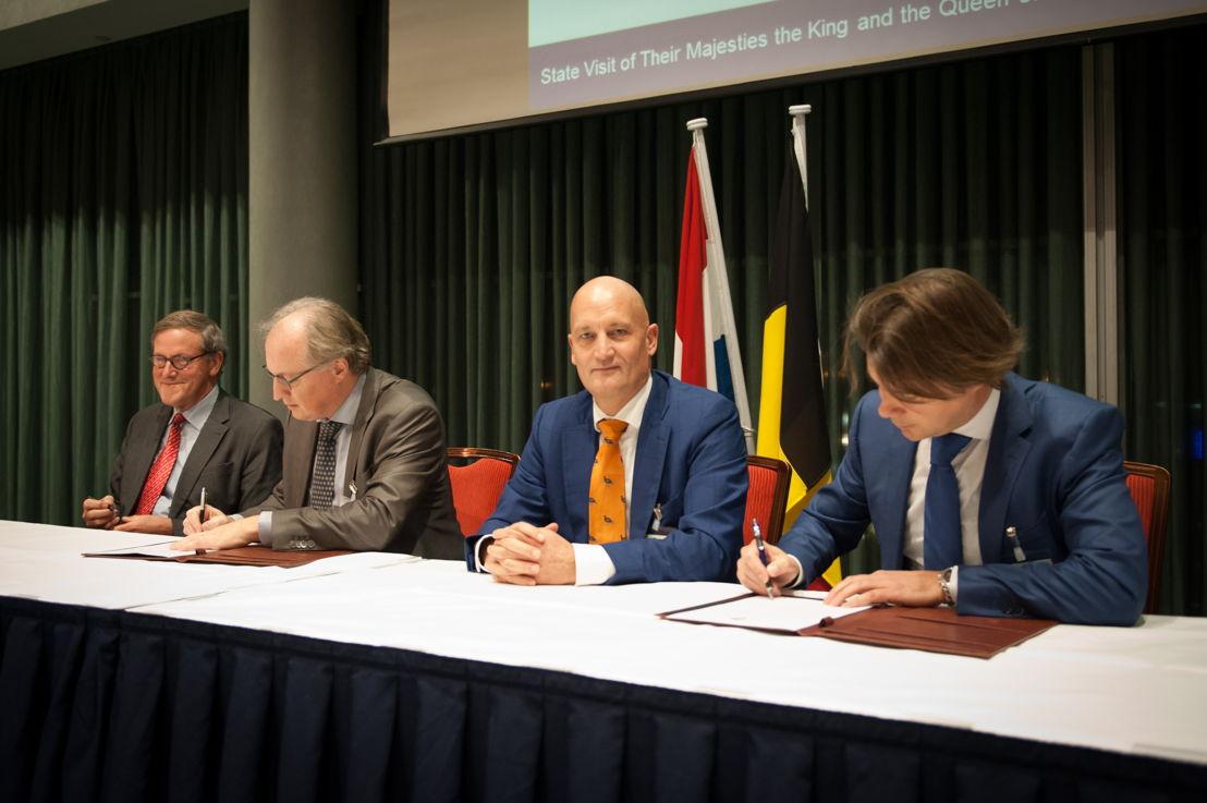 Officiële ondertekening