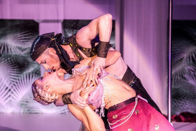 12 & 13.02 - Florentina Holzinger (AT) & Vincent Riebeek (NL) - Schönheitsabend