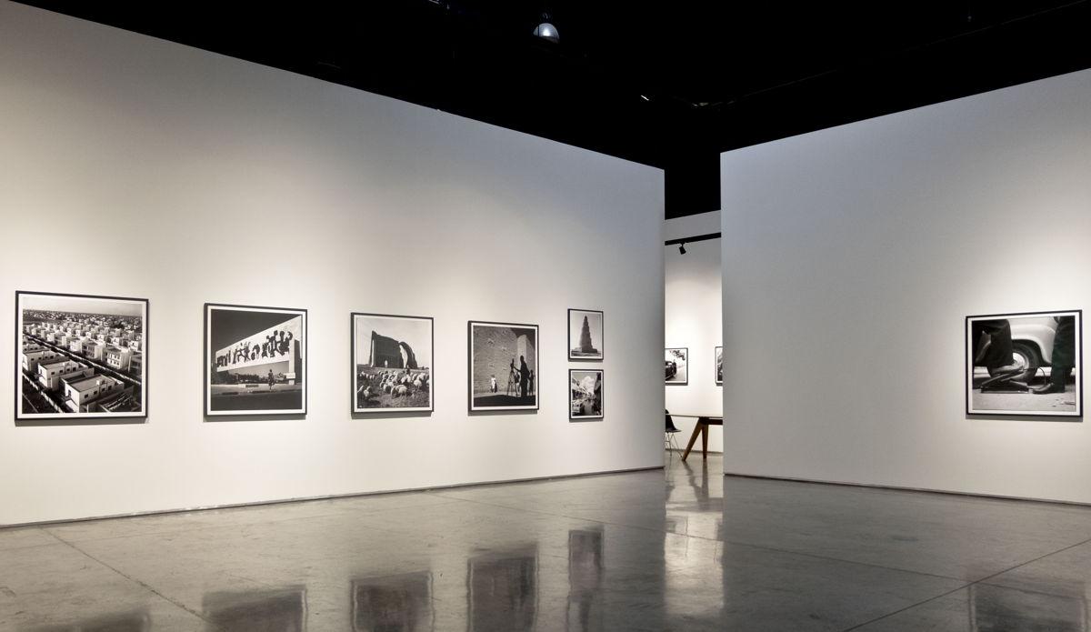 Latif Al Ani, Vetera Novis Augere, 2019, Show view. Courtesy of Gallery Isabelle van den Eynde, Dubai