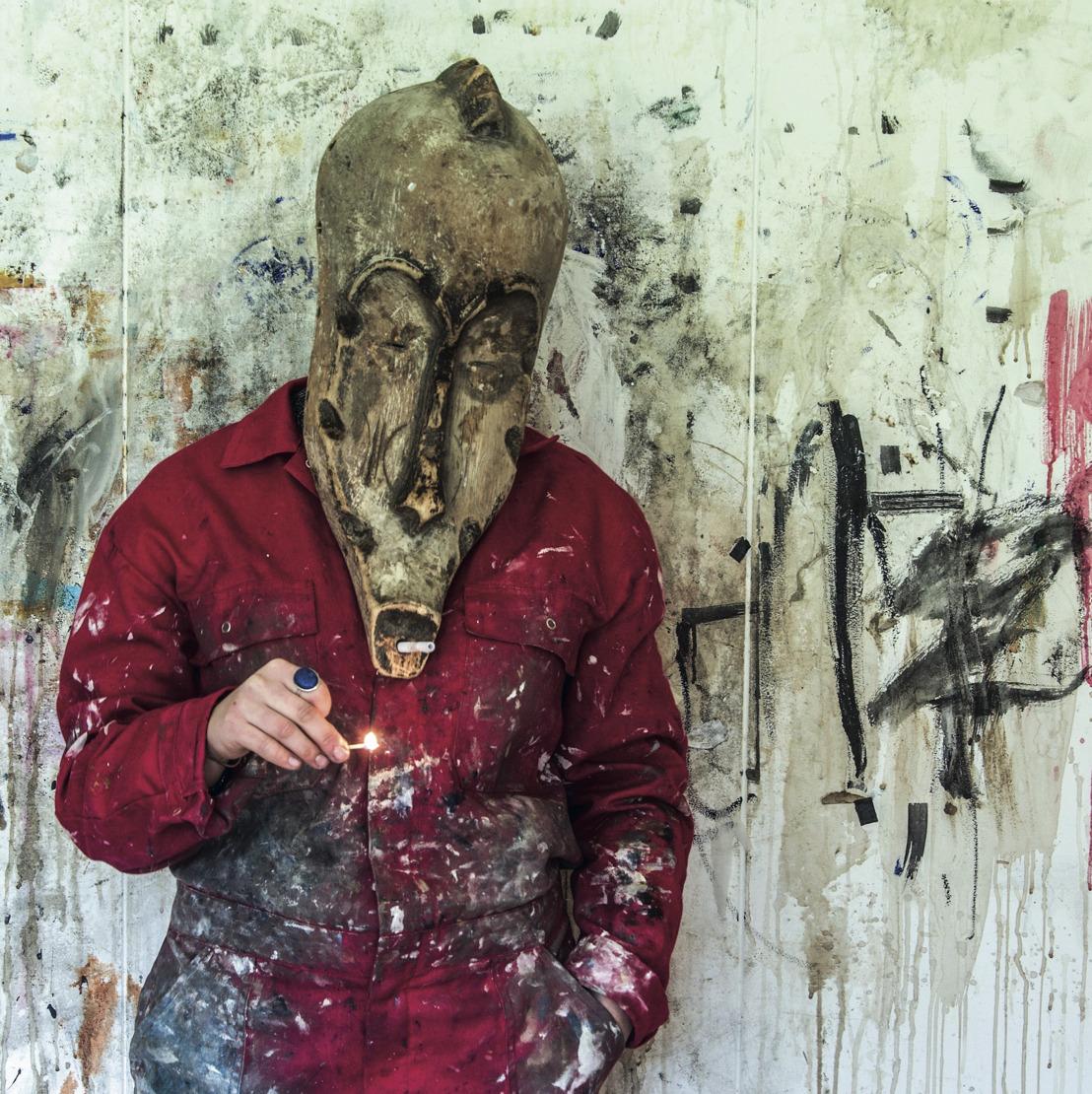 Young Belgian artist exhibits in 'Banksy hotel'