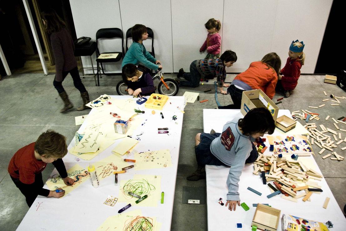 De design studio van Namahn wordt ook gebruikt door de buurt. Fotografie: Joannes Vandermeulen, Namahn. Kristel Van Ael & Joannes Vandermeulen, Namahn - Henry van de Velde Lifetime Achievement Award 16