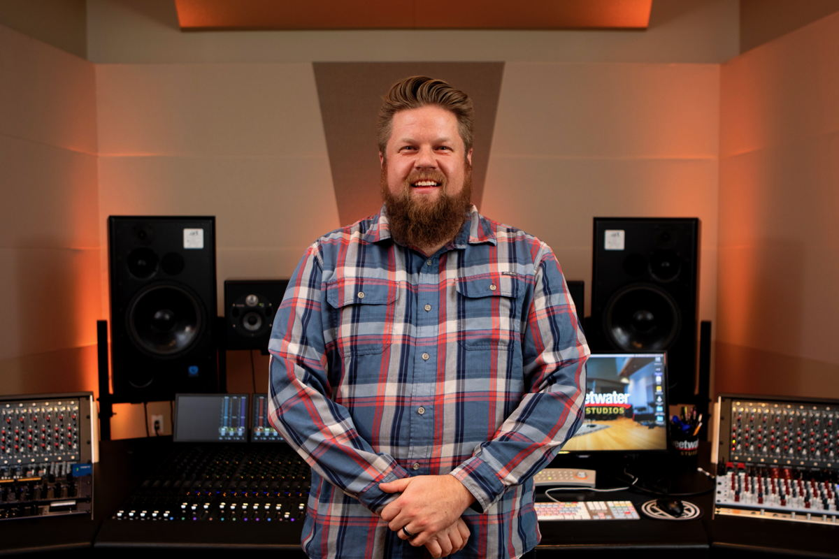 Sweetwater Studios Producer/Engineer Shawn Dealey