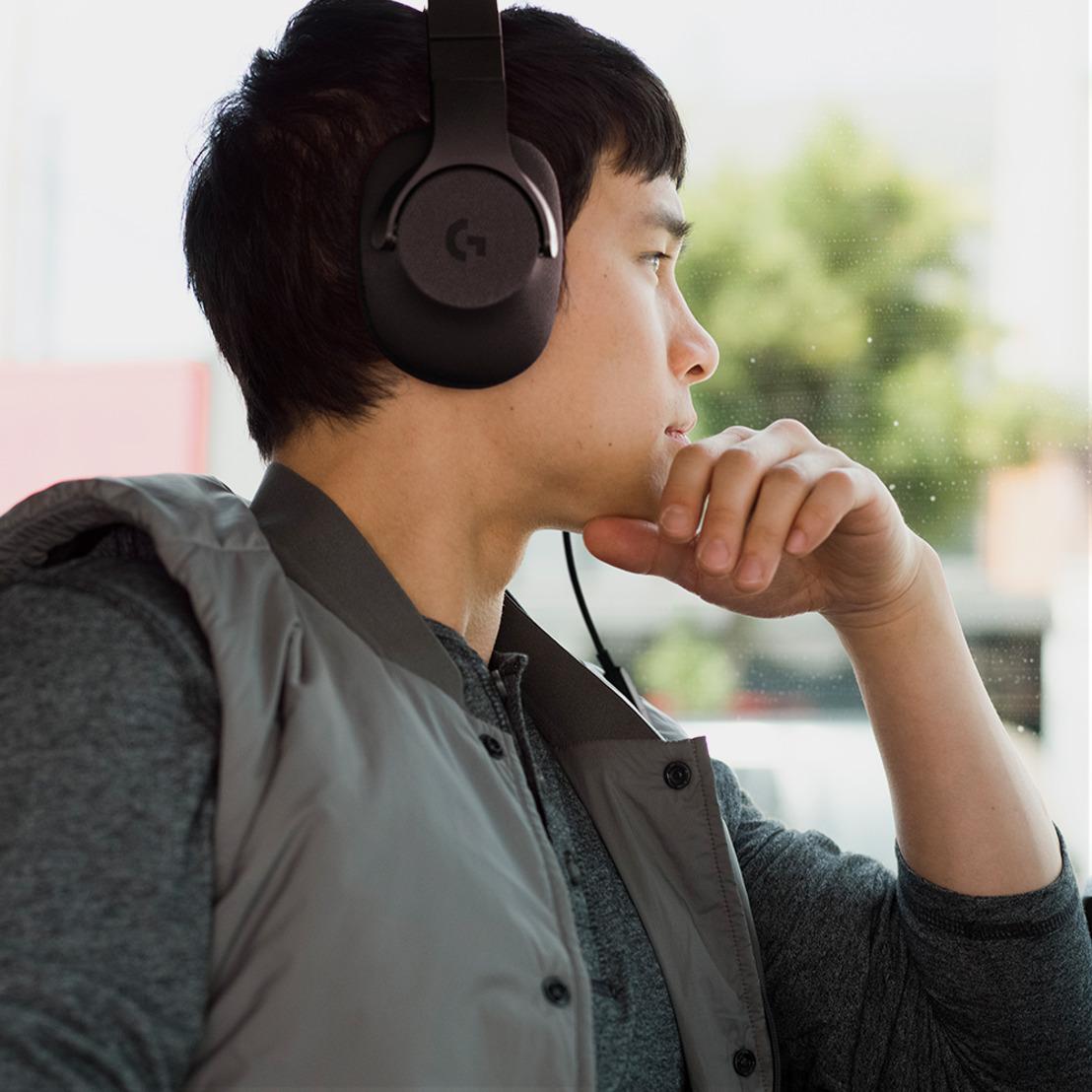 Audífonos Logitech® G433 y G233, la unión perfecta entre gaming y moda