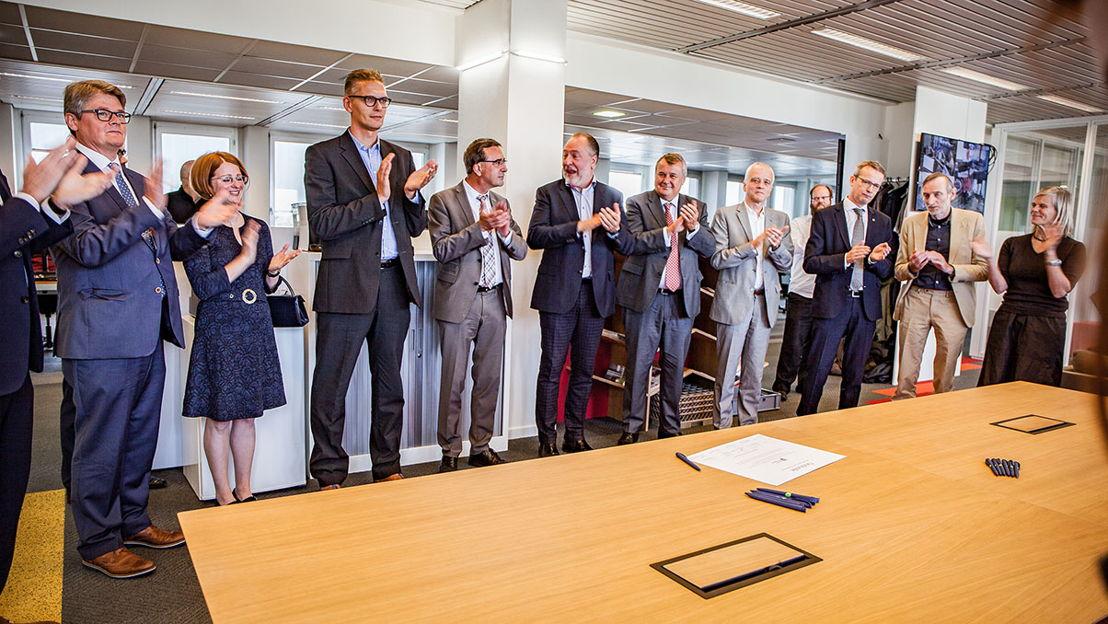 Universiteit van Vlaanderen- ondertekening oorkonde