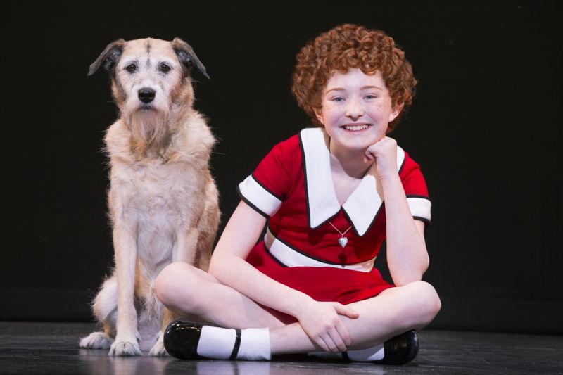 Heidi Gray as Annie and Macy as Sandy<br/>Photo: Joan Marcus