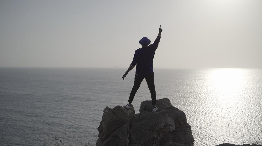 """Découvrez """"Free like a bird"""", le nouveau single de Régis Kole !"""