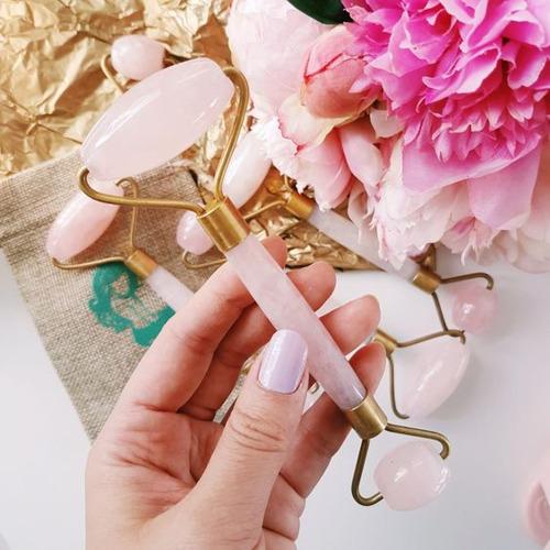 Pinterest Trends: Desde agujas hasta cuarzo rosa, los rodillos faciales serán la próxima gran tendencia en cuidado para la piel