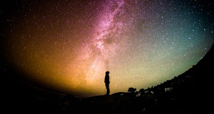 ¡Los usuarios están descubriendo nuevas ideas para vivir una experiencia cósmica en Pinterest!