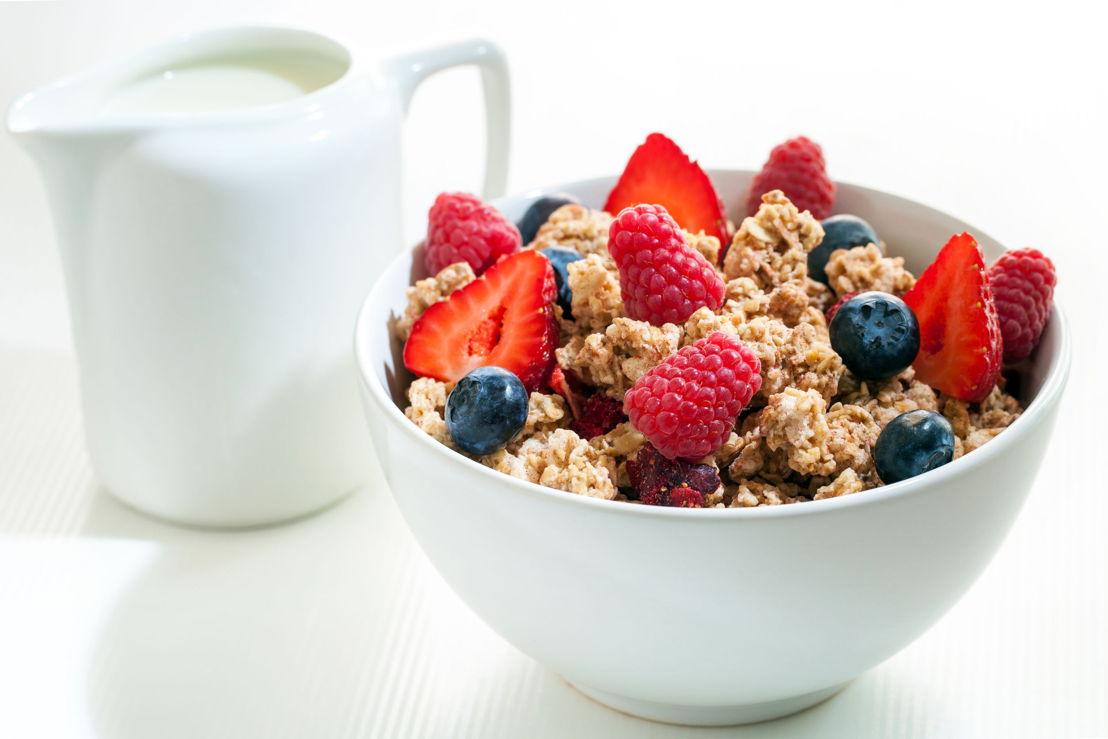 6_Cereali, latte e frutti di bosco