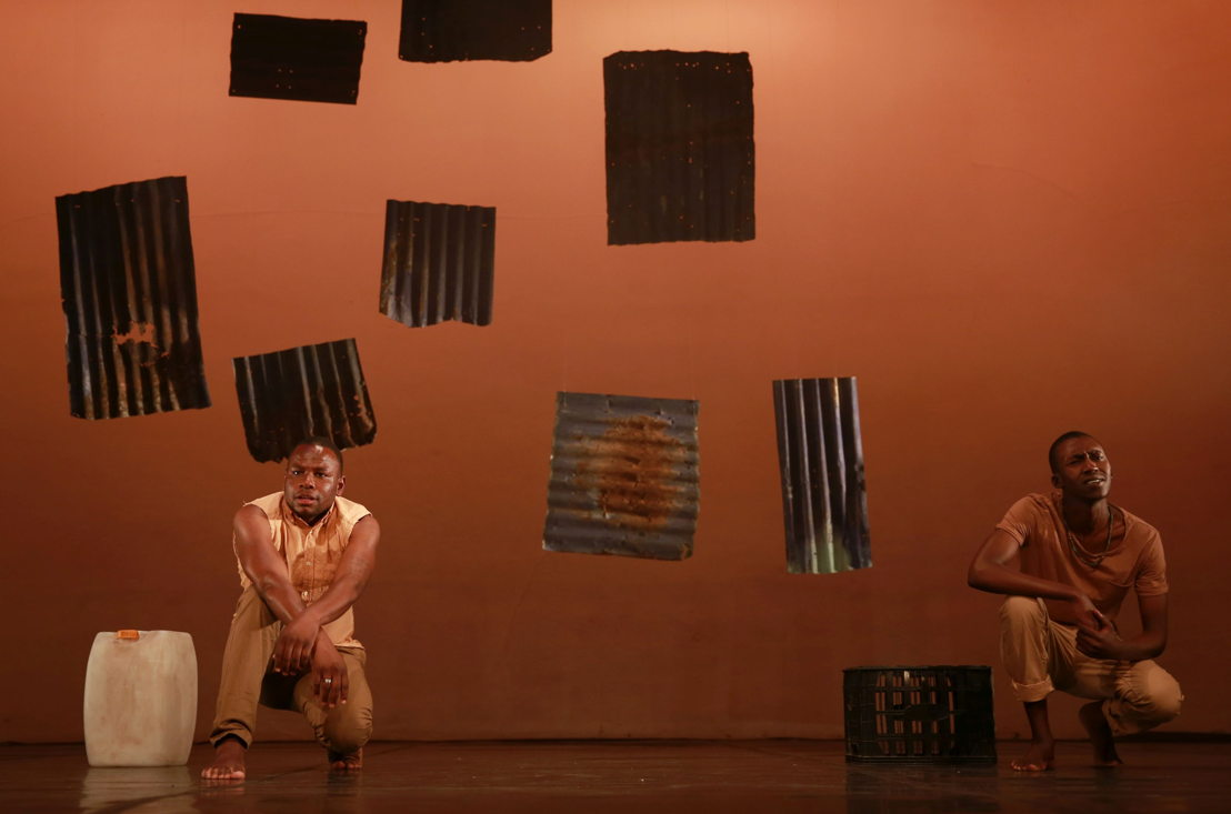 Bongani Dyalivana and Ntsika Tyalana in Phefumla/To Breathe. Image by Nardus Engelbrecht