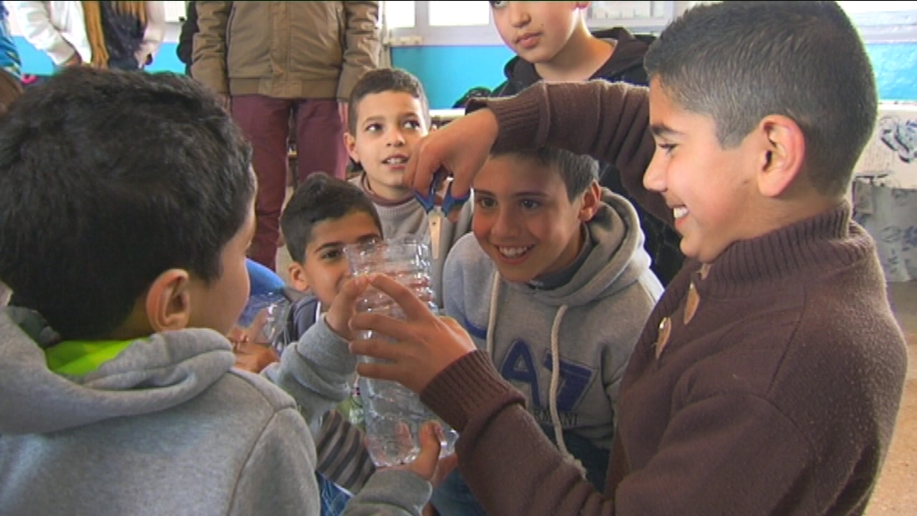 Karrewiet in Marokko - aflevering 4 (8.4) : plastic verzamelen - (c) VRT