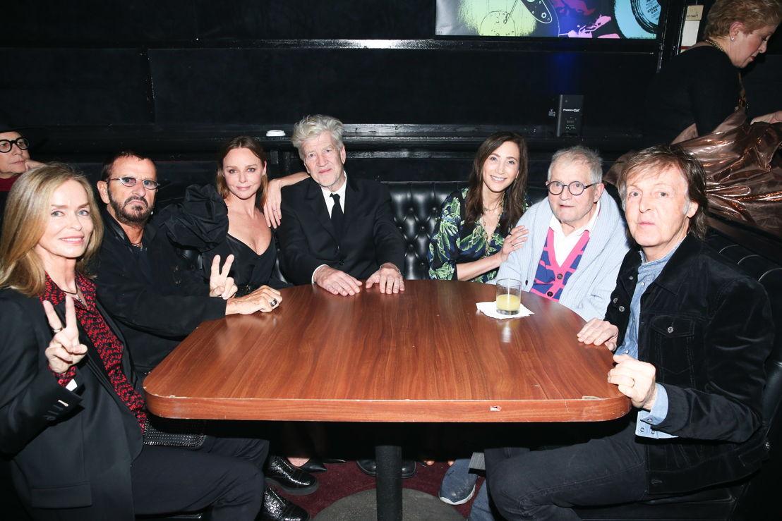 Barbara Bach, Ringo Starr, Stella McCartney, Bob Roth, Nancy Shevell, David Hockney y Paul McCartney.