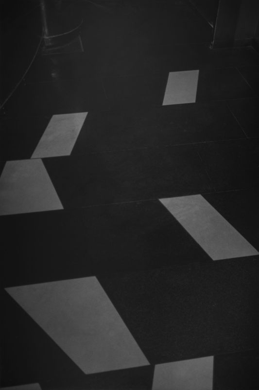 B.O.-D.F.-17 © Dirk Braeckman / Courtesy of Zeno X Gallery, Antwerp