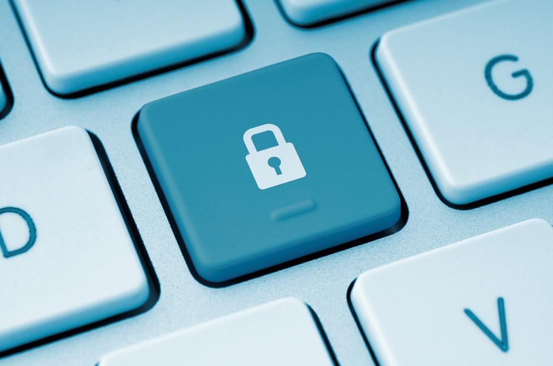 5 terug-naar-school tips om kinderen te helpen veilig online te blijven