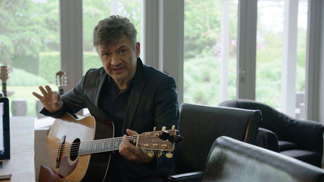 Bart Peeters in Festivalkoorts - (c) VRT
