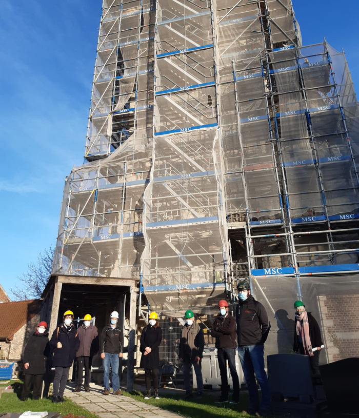 Monumentenwacht Oost-Vlaanderen op bezoek in de kerk van Mespelare (Dendermonde)