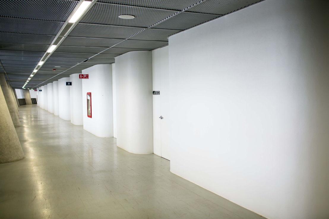 Altavoces Bose en acceso a suites estadio Rayados