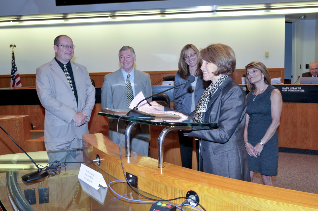 Santa Clara County Supervisor Liz Kniss announces the commendation.