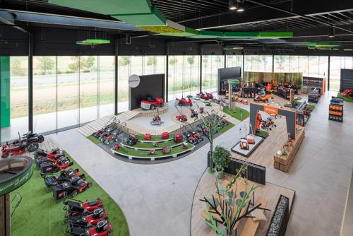 Tuinmachinebedrijf Masschelein BV wint Shop Design Award met nieuwe winkelruimte