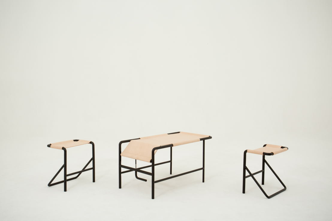Isola, chair and table. Designp: Pierre-Emmanuel Vandeputte. Photo: (c) Miko/Miko Studio.