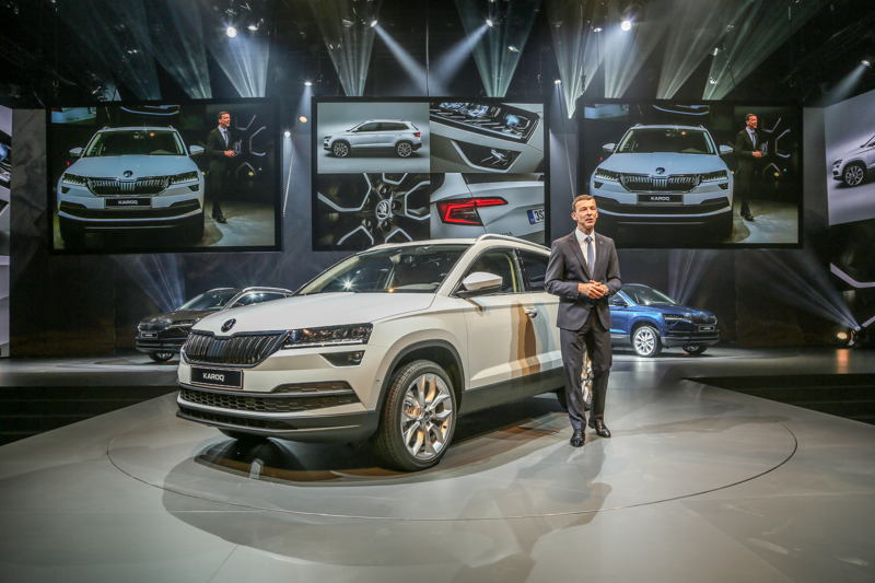 On 18 May 2017, Member of the Board of Management for Sales and Marketing Werner Eichhorn presented the new ŠKODA KAROQ compact SUV.