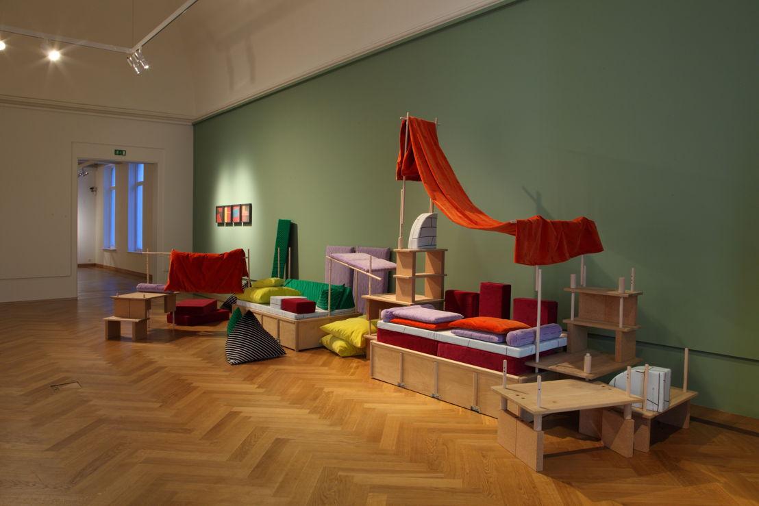 Salon Géologique van Yto Barrada in M-Museum Leuven (c) Dirk Pauwels