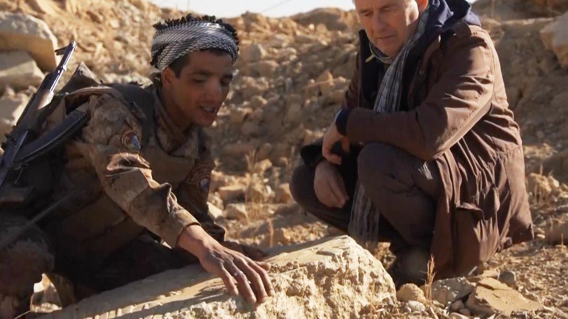 IS in het vizier - Afl 3 : Rudi Vranckx in vernielde archeologische site Nimrud - (c) VRT
