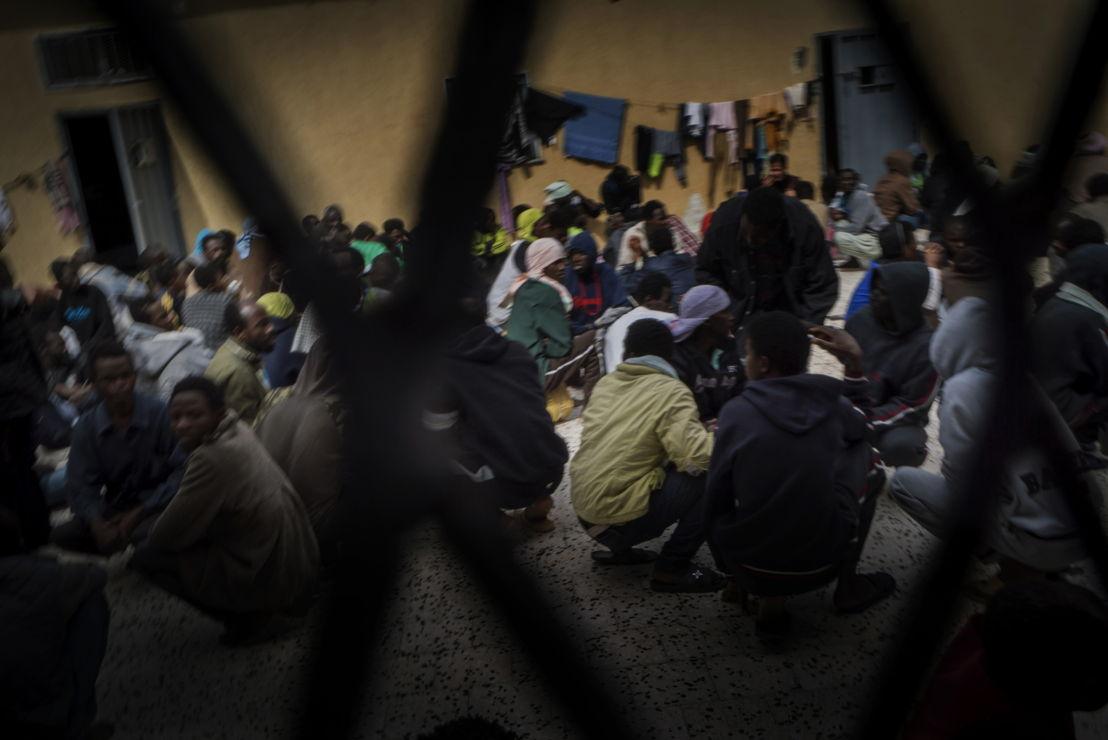 Des personnes dans un centre de détention à Tripoli, en Libye. © Ricardo Garcia Vilanova