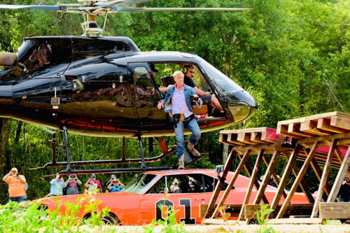 John Schneider's 2nd Annual Bo's Extravaganza Draws Nearly 10,000 Fans to Rural Louisiana for Ultimate Fan Weekend