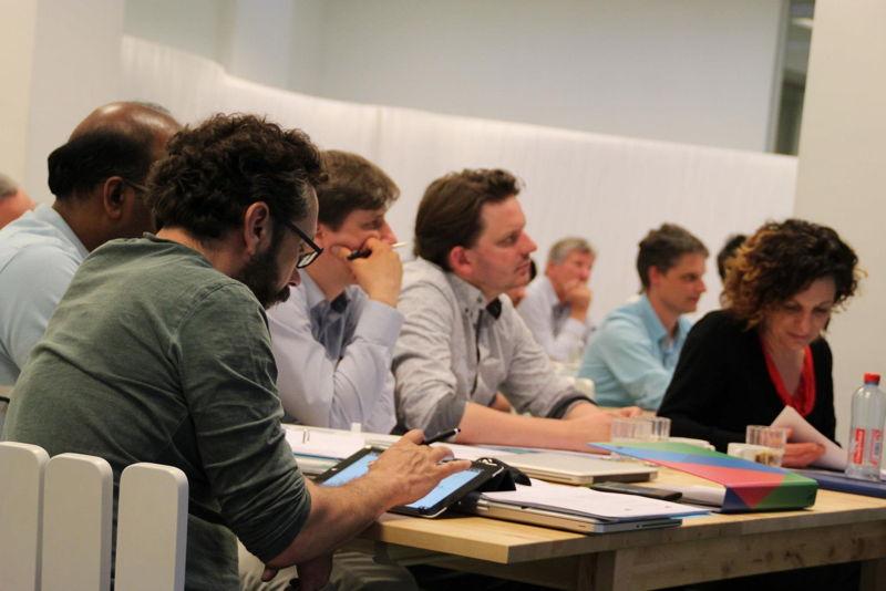 Deelnemers aan het bootcamp 2014 tijdens één van de workshops