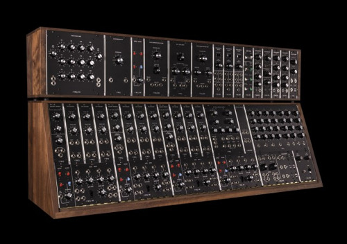The Moog Synthesizer IIIc Returns to Production