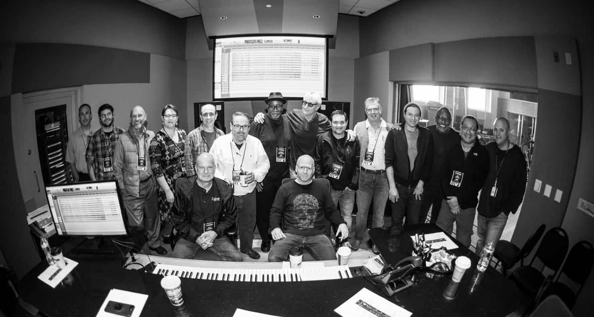 The Sweetwater Studios Oz Noy session, with participants in the Masterclass.  Photo credit: Erick Anderson