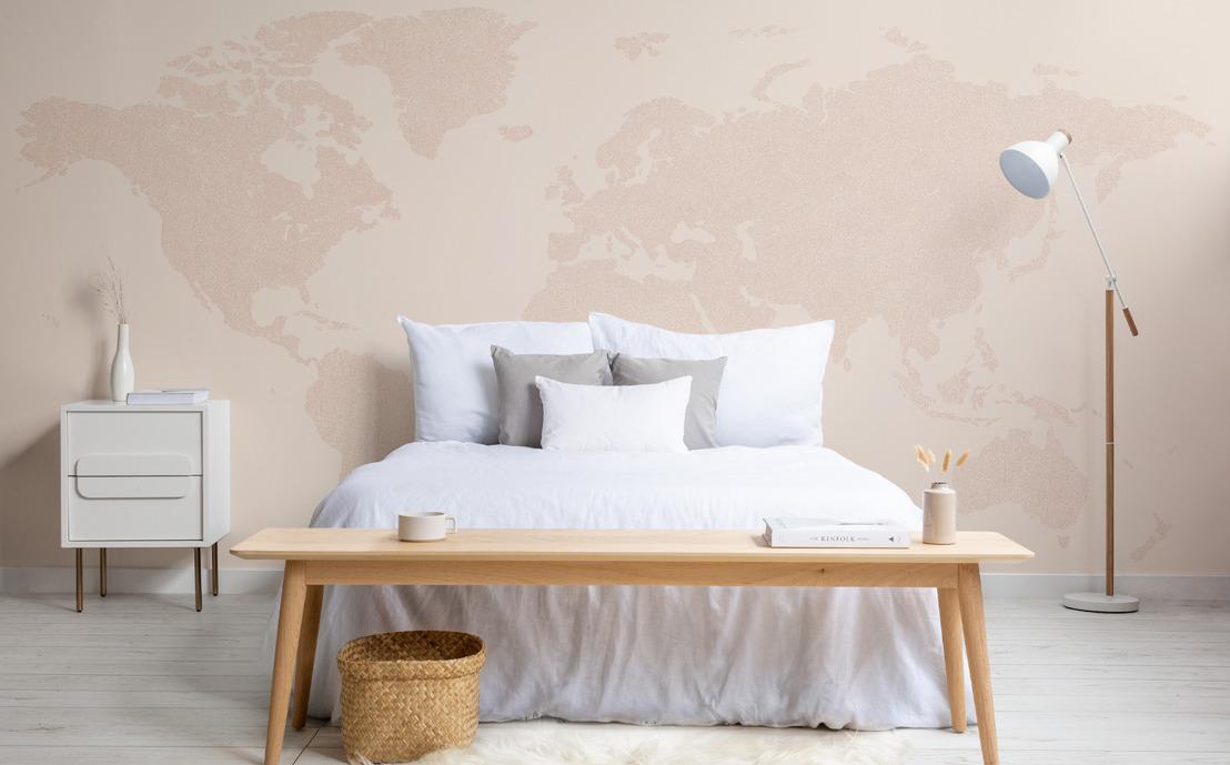Explora el mundo desde tu propia casa con la colección Wanderlust de MuralsWallpaper