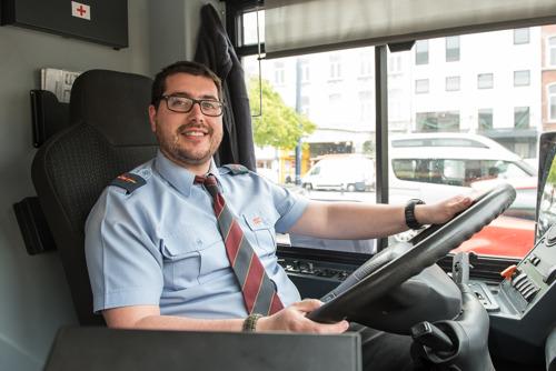 Stop aux mégots : les conducteurs du TEC Namur-Luxembourg montrent l'exemple.