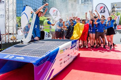 Belgisch Solar Team maakt droom waar en wordt wereldkampioen