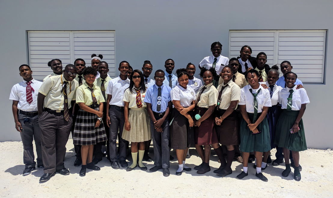 Group photo of student participants.