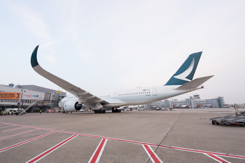 CATHAY PACIFIC'S AIRBUS A350 BEGINT LONG-HAUL OPERATIES MET EEN VLUCHT NAAR DÜSSELDORF