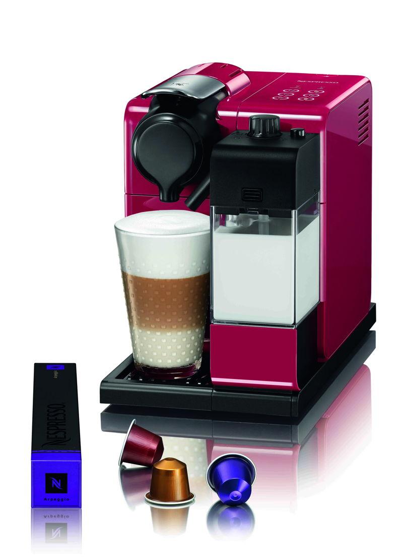 Nespresso Lattisima Touch Glam Red - 298,95 euro