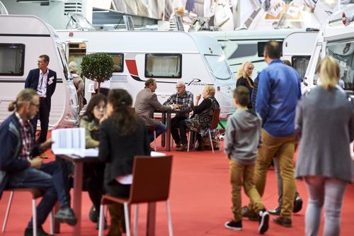 Le secteur populaire des caravanes et motorhomes au Salon des Vacances