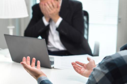Ruim 1 Belg op 4 worstelt met conflict op het werk