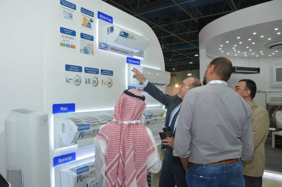 Exhibitiors and visitors at HVACR Expo Saudi 2018