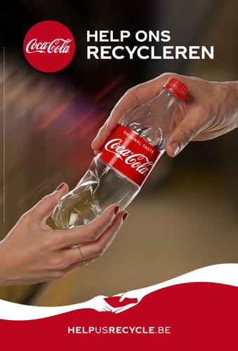 """""""Koop geen Coca-Cola als je ons niet helpt recycleren"""""""