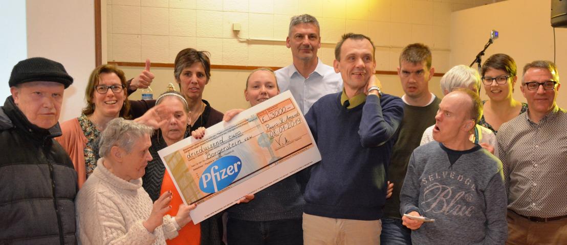 Pfizer Puurs viert 1 jaar zonder arbeidsongeval met donatie aan Borgerstein