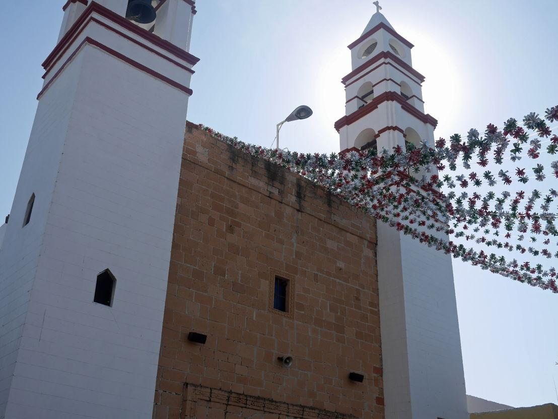 Vista exterior - Parroquia de Santa María de Guadalupe en Mixquiahuala, Hidalgo