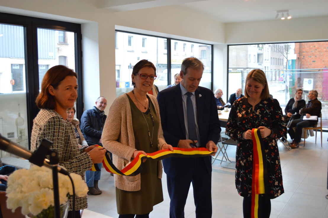 VLNR: Sophie Deprez (Cores Development), Christel Geerts (Schepen), Lieven Dehandschutter (Burgemeester Sint-Niklaas) en Katrien Lauwers (Assist)