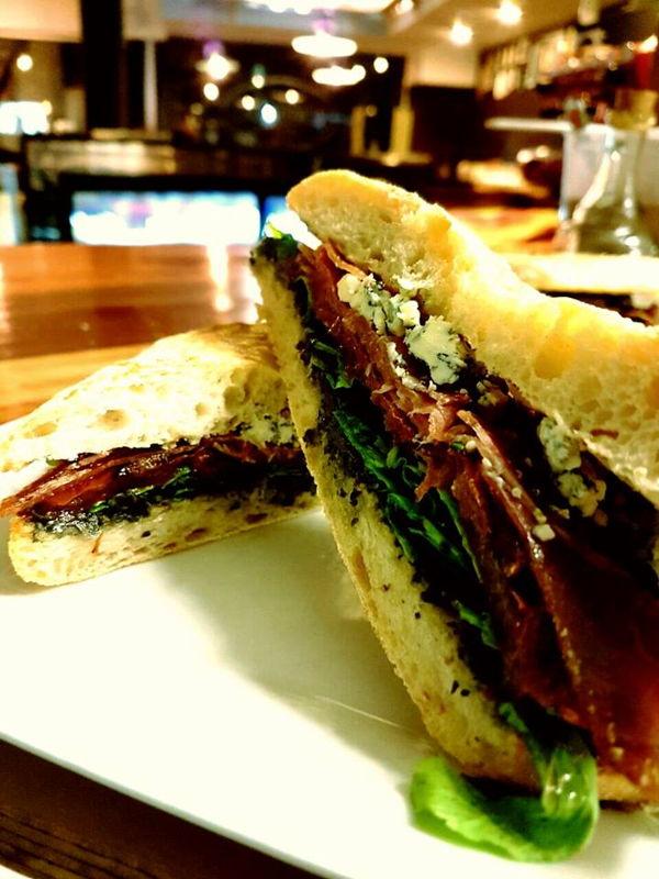 Sandwich Toscano